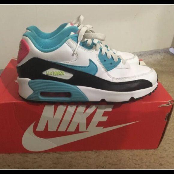 Girls' Air Max Shoes.