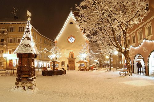 My Favorite Outdoor Christmas Photos Christmas lights, Churches