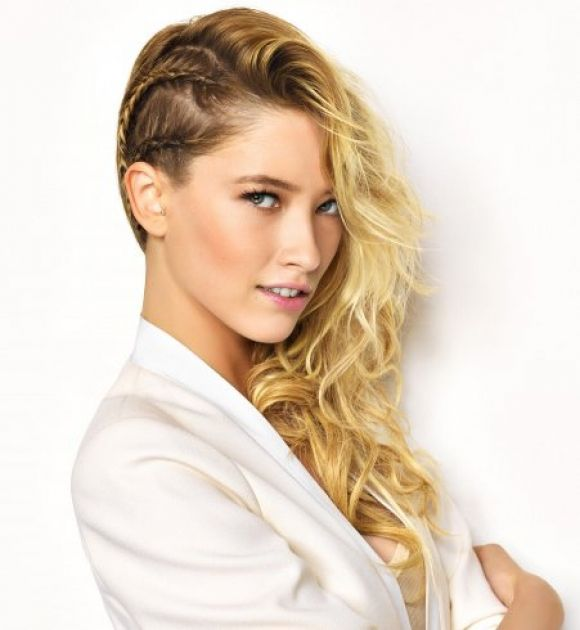 17 Best images about Coiffure on Pinterest | Coiffures, Nina ...