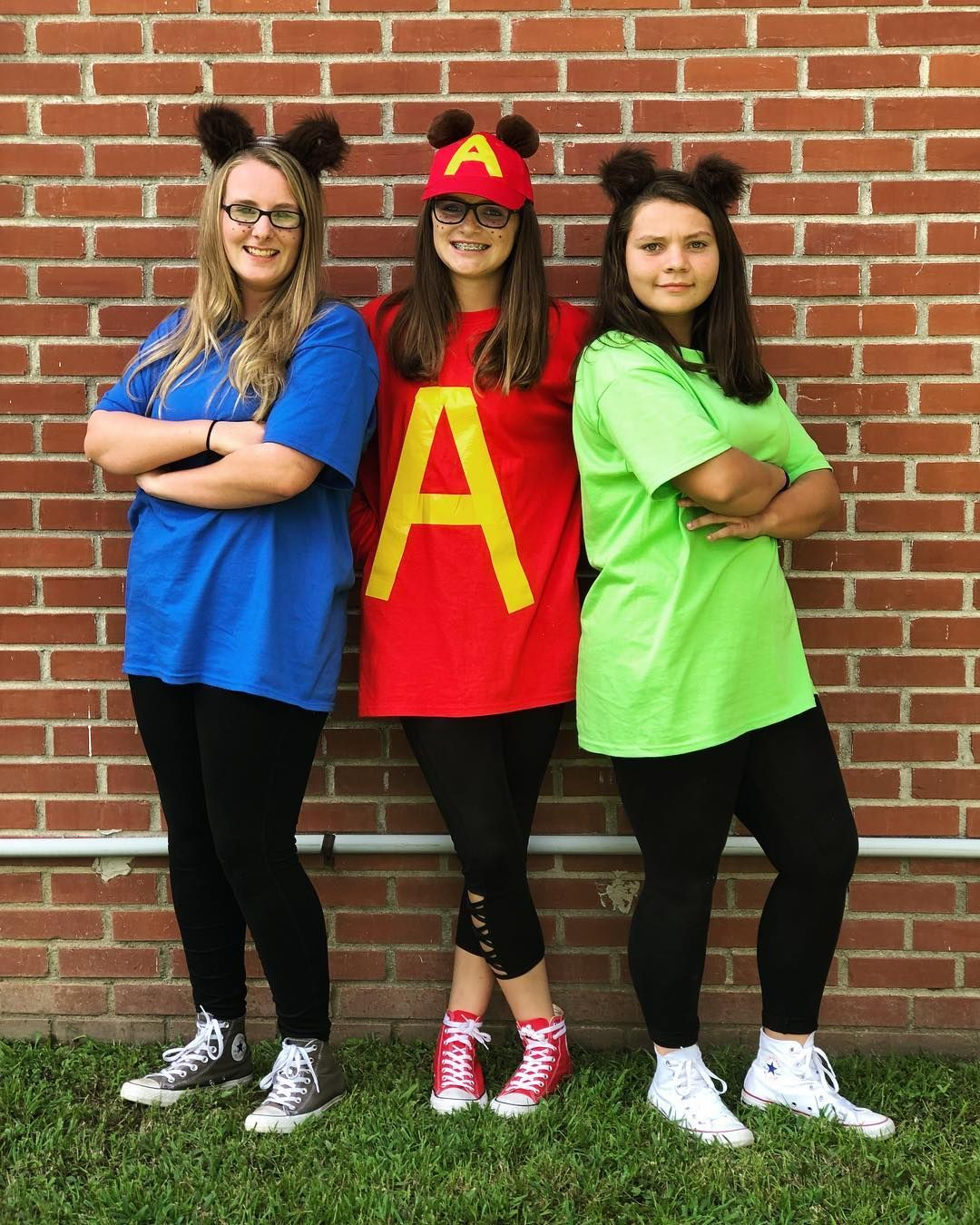 Diy Alvin And The Chipmunks Halloween Costume Idea Maskerix Com Trendy Halloween Costumes Partner Halloween Costumes Alvin And The Chipmunks