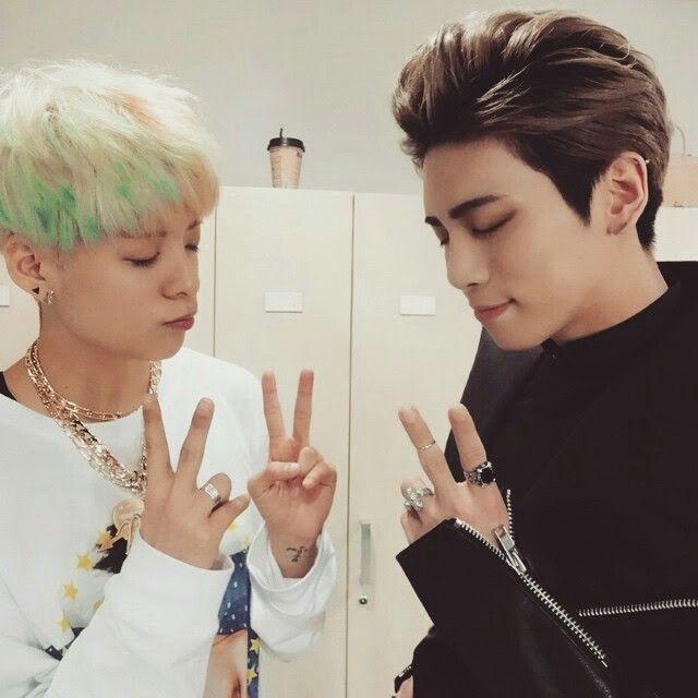 Amber & Jonghyun