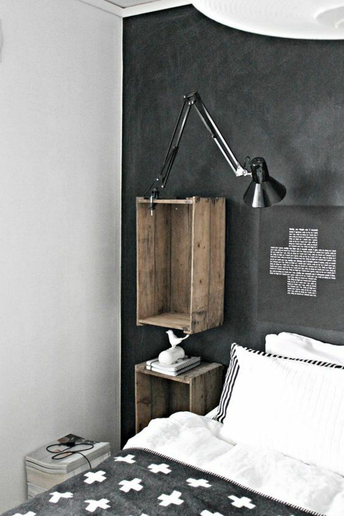 diy wandregal schlafzimmer bett schwarze lampe kissen regale aus weinkisten diy m bel. Black Bedroom Furniture Sets. Home Design Ideas