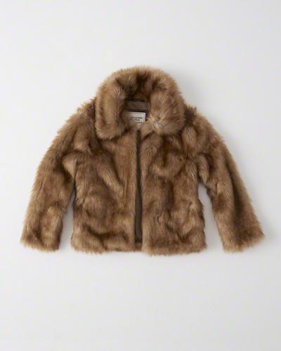 https://www.abercrombie.com/shop/us/womens-outerwear-and-jackets/faux-fur-jacket-8350137_01?ofp=true
