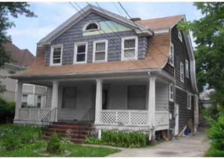 60 Whaley Street Freeport Ny 11520 Pinned From Www Coldwellbanker Com Real Estate Listings Real Estate Property