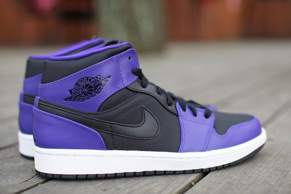 premium selection cc0ca 869ea Air Jordan 1 Mid  Black   Dark Concord  GS