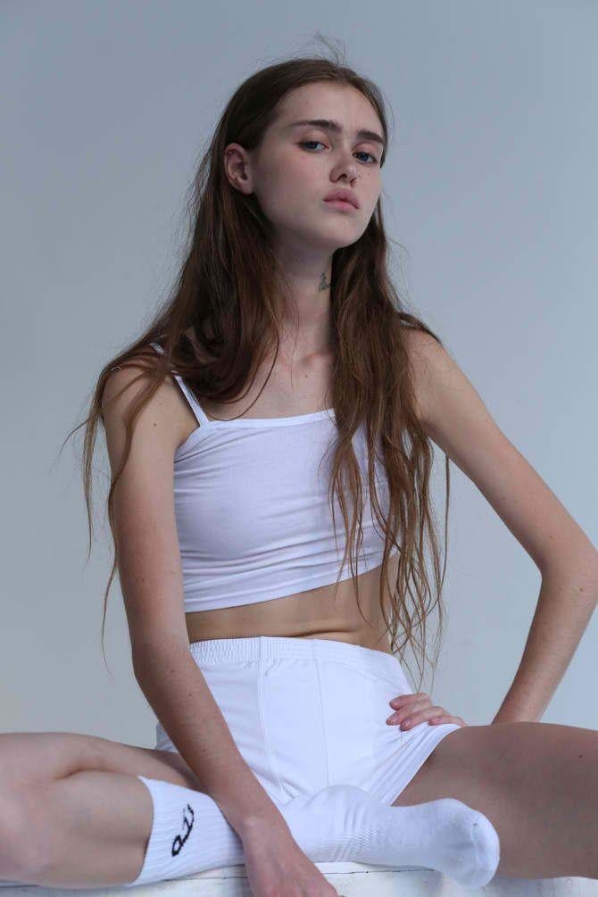 model Aliya teen
