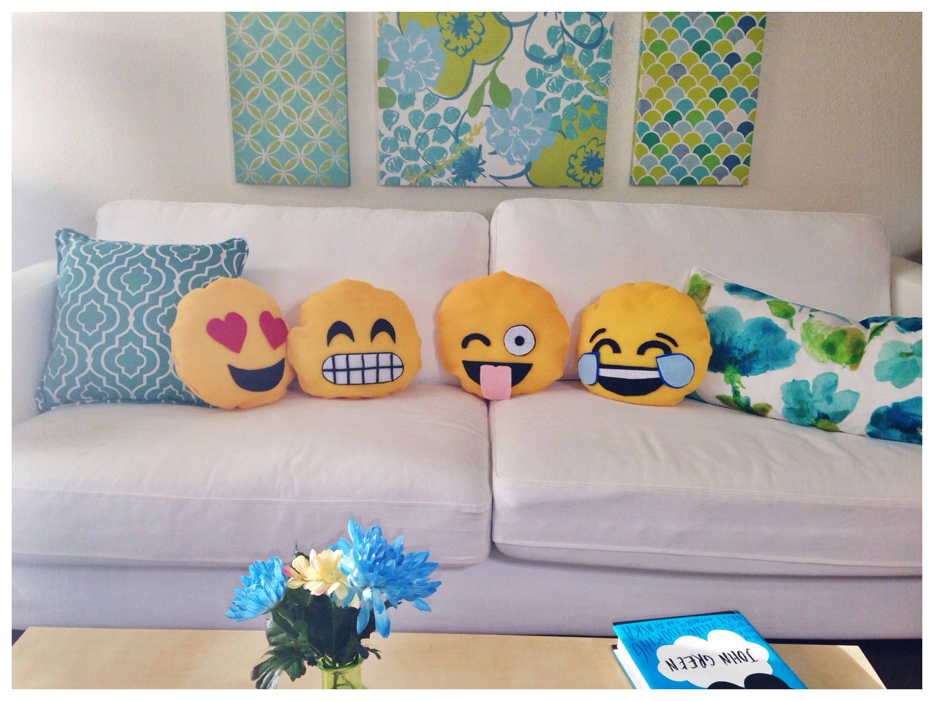 emoji pillow DIY DIY Pinterest