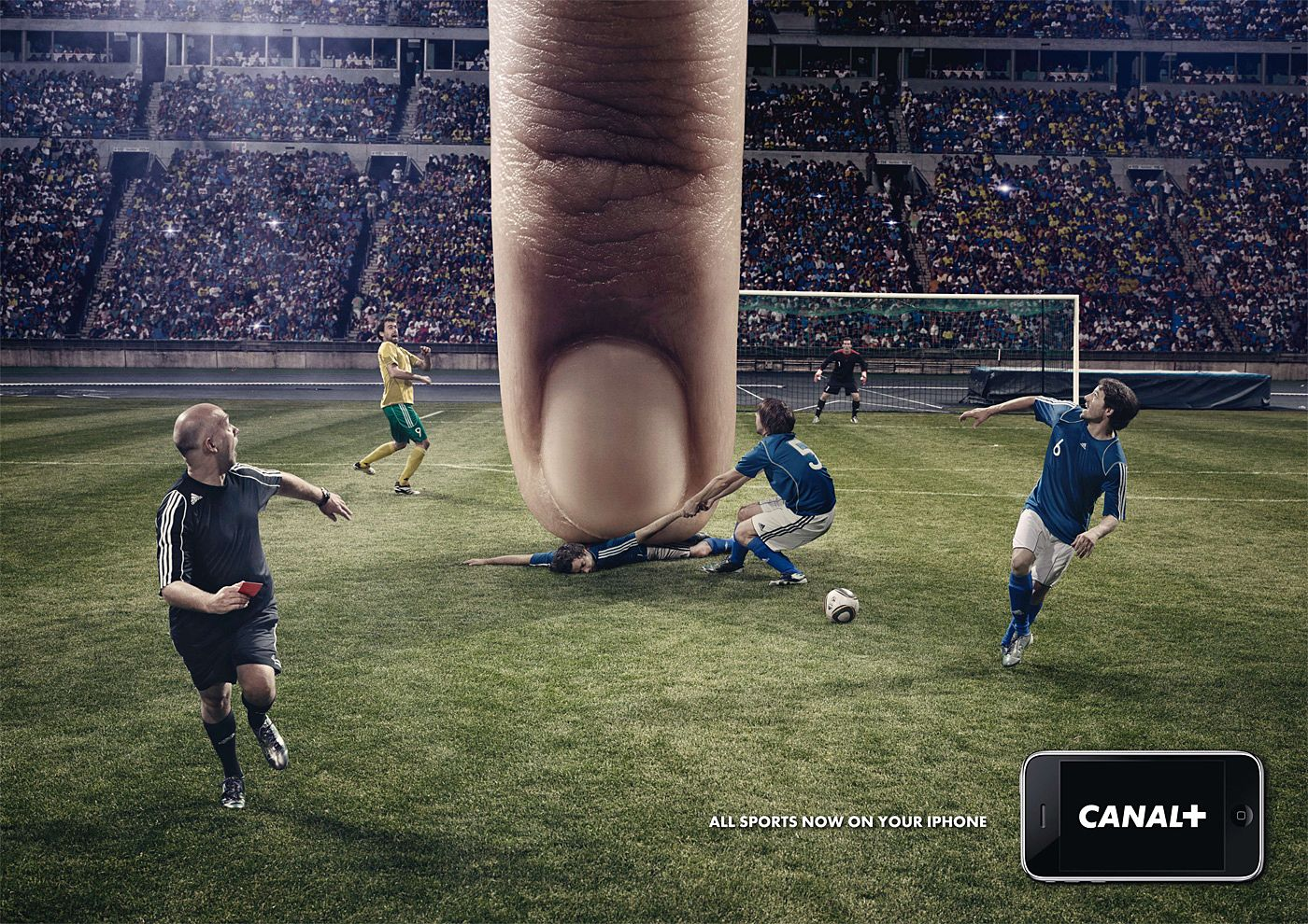 """""""All sports now in your phone""""    Such creativity! I love this idea. BBC Player as well as the swedish newspaper Sydsvenskan have had similar campaigns, but this one is definitely the funniest."""