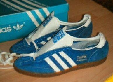 Vintage Adidas Universal in blue suede
