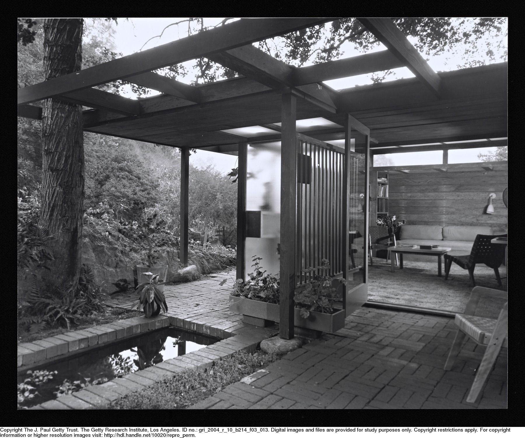 Modern Homes Los Angeles California: SHULMAN, JULIUS (1910-2009) [Drake House, Los Angeles, CA