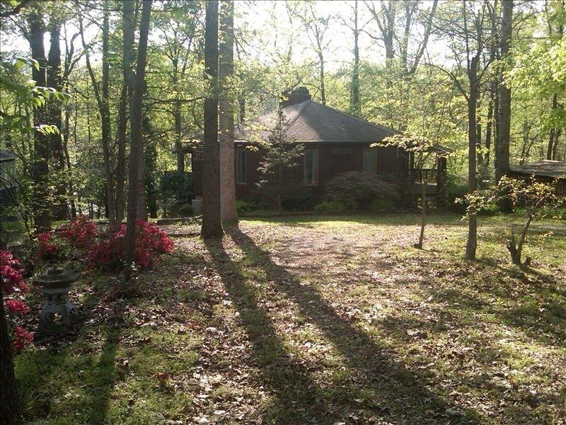 Jack Daniels Visitor Center Cozy Cabin Old Houses