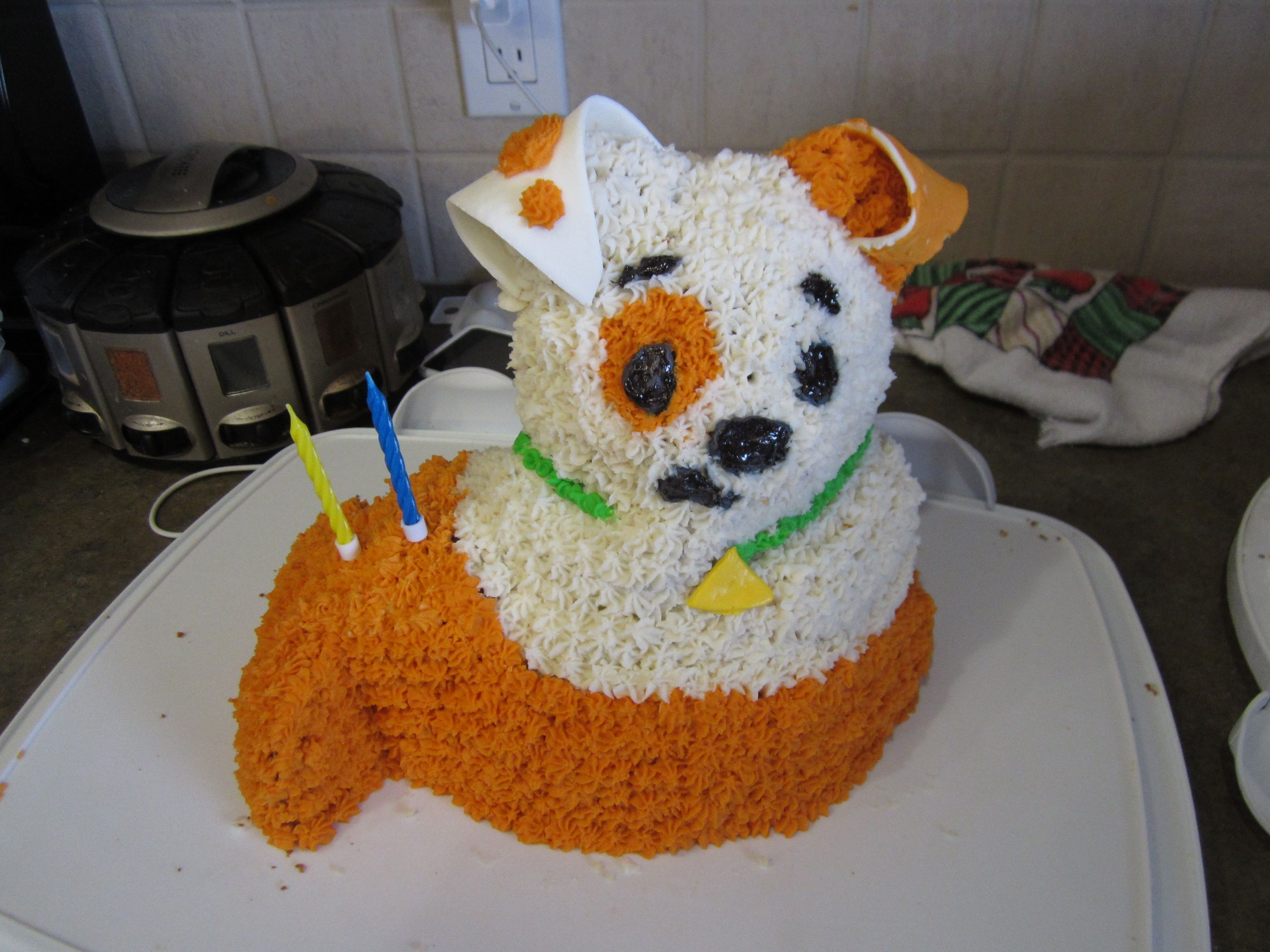 bubble puppy birthday cake made using the wilton 3d bear cake