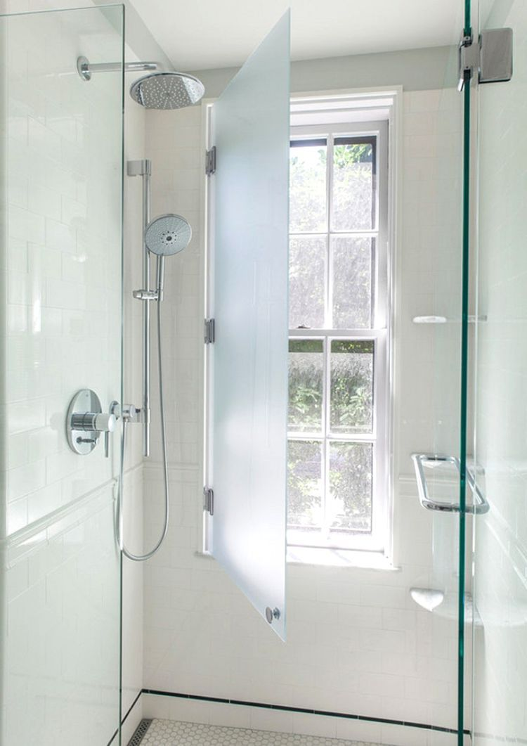 Badezimmer Schmales Fenster Shower In Front Of Window In Bathroom Stylish Ideas For