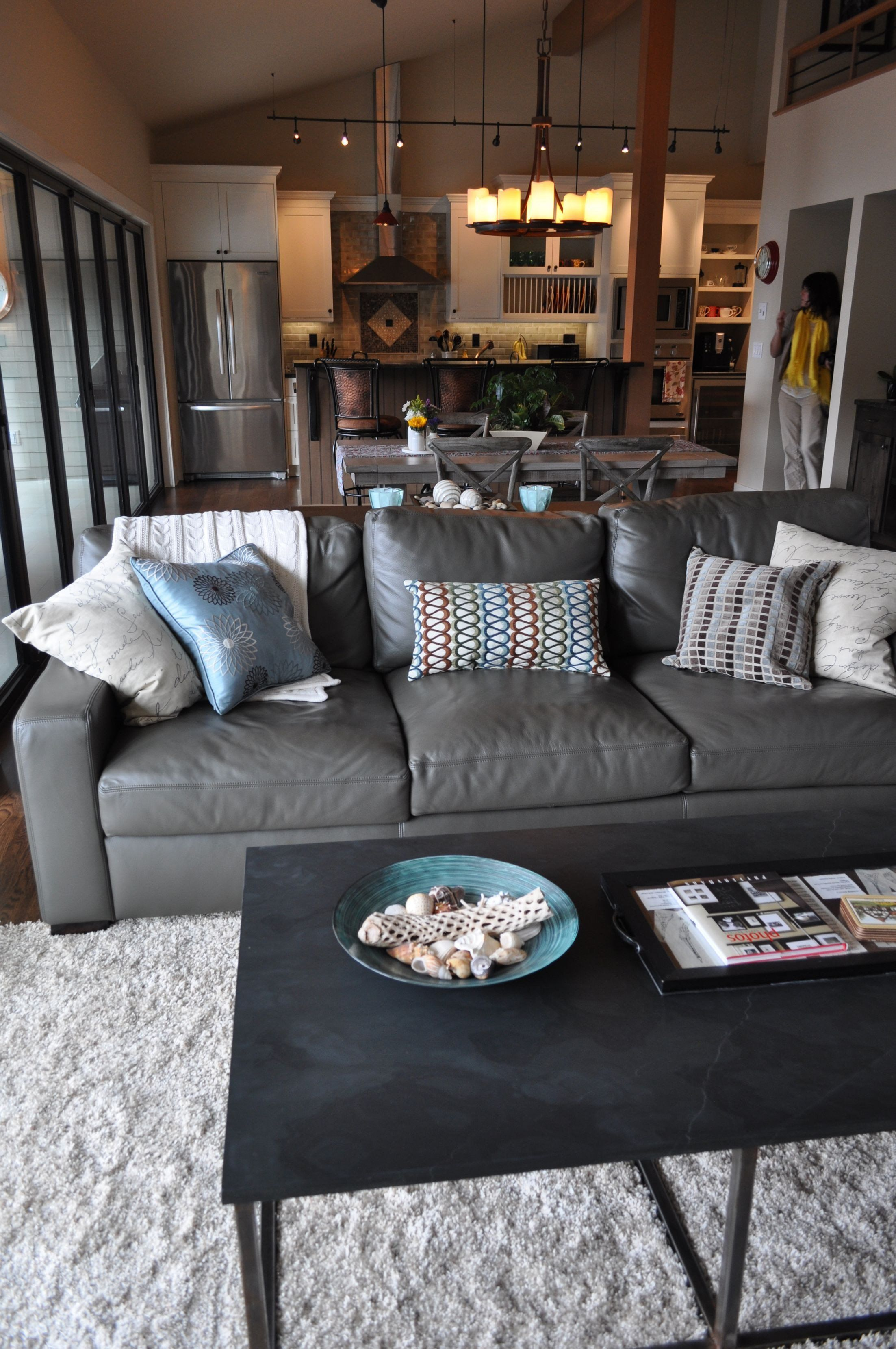 Gray Living Room Decor Ideas Best 25 Grey Leather Couch Ideas On Pinterest In 2020 Coastal Decorating Living Room Coastal Living Rooms Couches Living Room