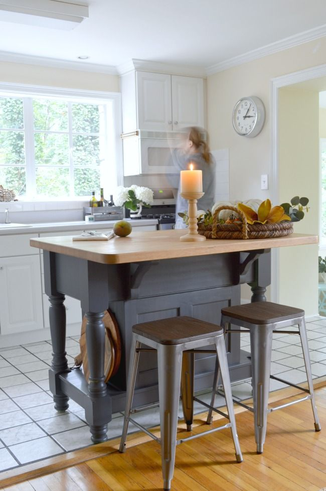 An Easy To Do Kitchen Island Makeover Using Benjamin Moore Wrought Iron Kitchen Island Makeover Kitchen Island With Seating Kitchen Remodel