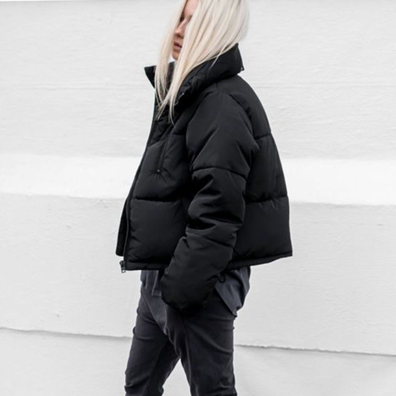 Pin By Lourdes Marcano On Coats Puffer Jacket Outfit Short Puffer Jacket Outfit Puffer Coat Outfit [ 1500 x 1500 Pixel ]