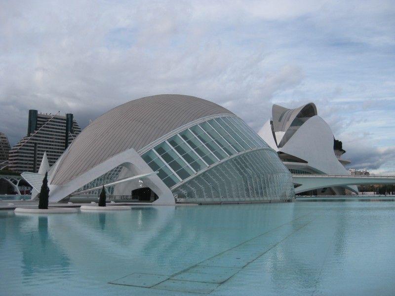 Ciudad De Las Artes Y De Las Ciencias Valencia Santiago Calatrava Architectuur
