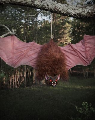 49 Ft Screeching Bat Animatronics \u2013 Decorations Little Changes