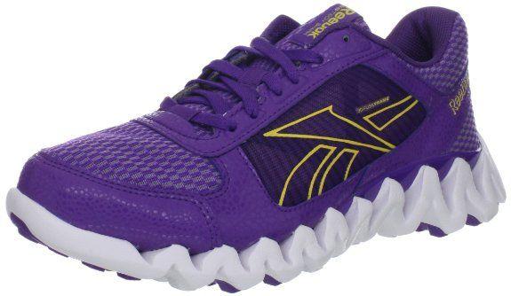 designer fashion 9e4a8 2f0e3 Amazon.com  Reebok Women s ZigTech Shark Pursuit 360 Running Shoe  Shoes