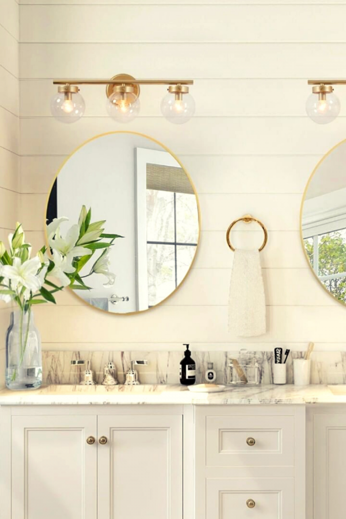 Elegant Bathroom Storage Ideas