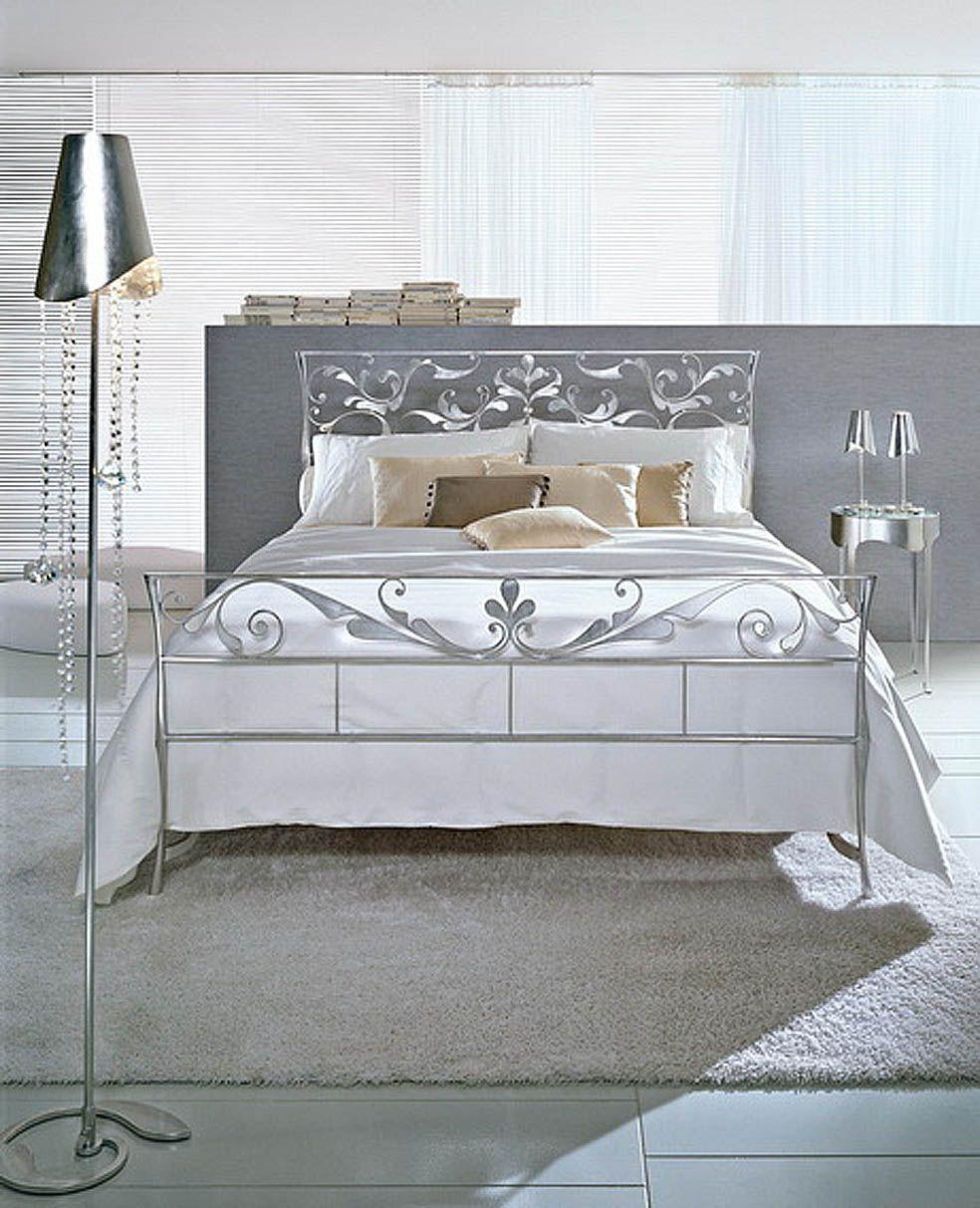 Dormitorios de dise o italiano decoraci n beltr n tu for Camas plegables diseno italiano