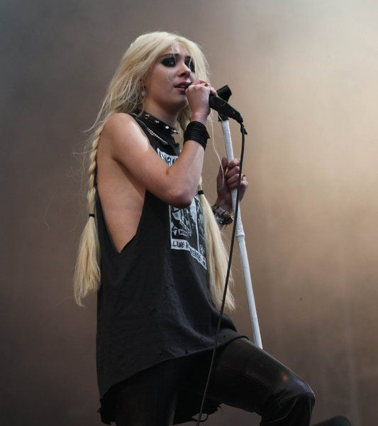 The pretty reckless tour