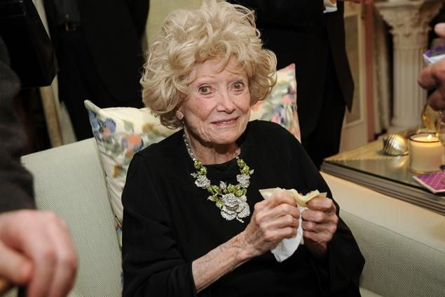 phyllis diller | Phyllis Diller dead at 95: Pioneering TV comedienne passes away at Los ...
