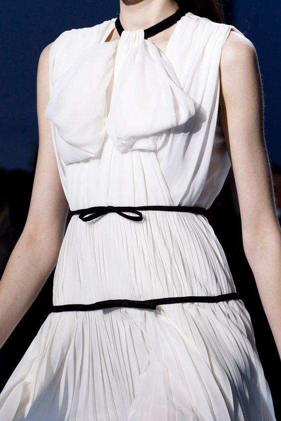 Giambattista Valli Fashion Show & More Details