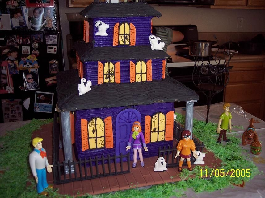 Scooby Doo Haunted House Haunted House Cake Scooby Doo Cake