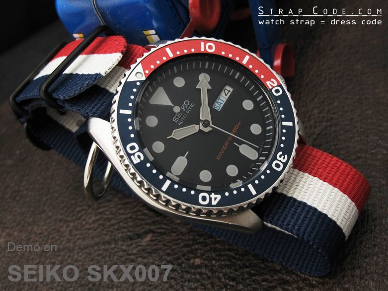 Seiko diver skx007 on 22mm nato french flag nylon watch strap pvd black france luxembourg for Watches of france