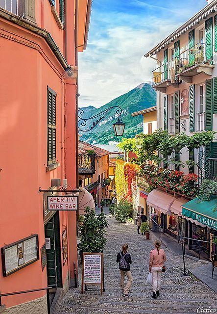 Lake Como, Bellagio, Lombardy, Italy LAS CALLES QUE TE DEJAN UN SUSPIRO EN EL ALMA.