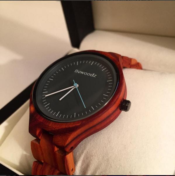 holz armbanduhr für herren von bewoodz - holzuhr - herrenuhr aus,