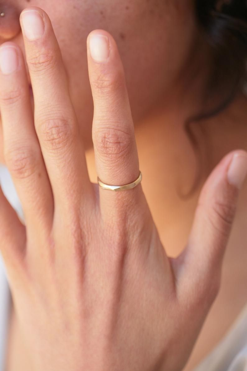 Wedding Band Women 14k Gold Ring Solid Gold Ring 14k Etsy In 2020 Dainty Wedding Band 14k Yellow Gold Wedding Band Textured Wedding Band