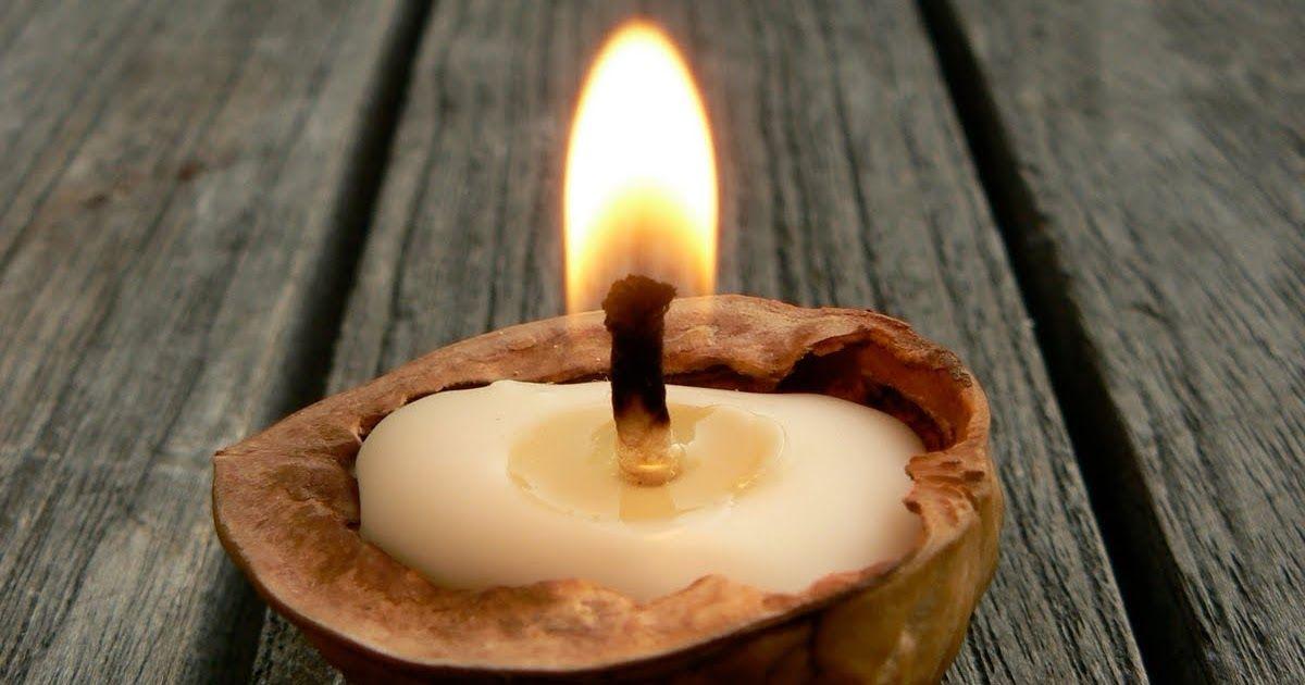 Este Ritual se hace la Noche del 31 de Octuble al 1 de Noviembre (La Noche de Halloween )   Lo puedes hacer en pareja, para mejor...