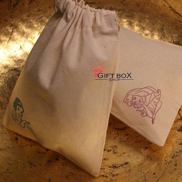 Instagram Photo By Gift Box Shop مستودع الهدايا Jun 12 2016 At 11 46pm Utc Built In Wall Units Gifts Gift Box