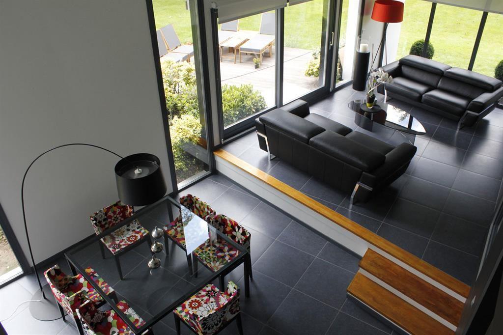 Sur lever la partie salon ou salle manger pour s parer for Salon sejour cuisine 60m2