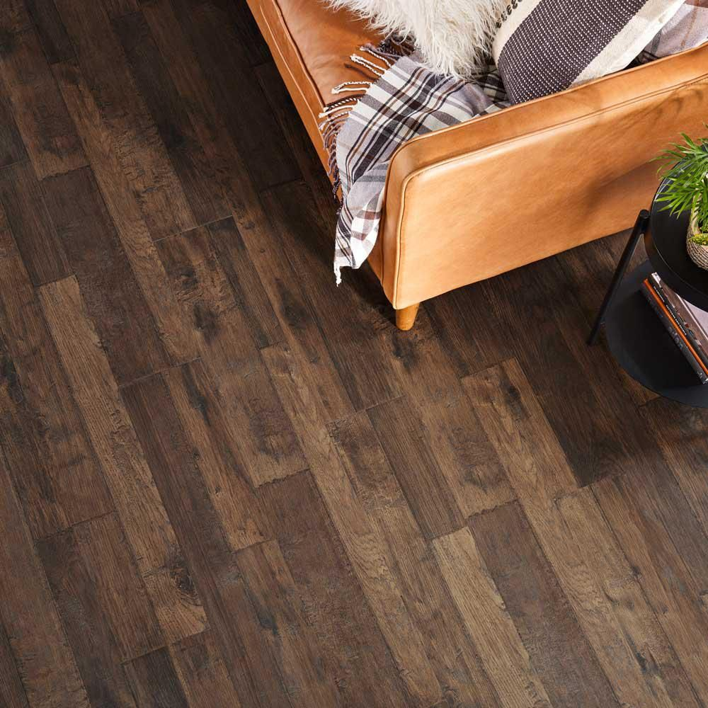 Pergo Outlast Waterproof Mainland Brown Hickory 10 Mm T X 7 48 In W X 47 24 In L Laminate Flooring 19 63 Sq Ft Case Lf000957 The Home Depot Durable Flooring Waterproof Laminate Flooring Flooring