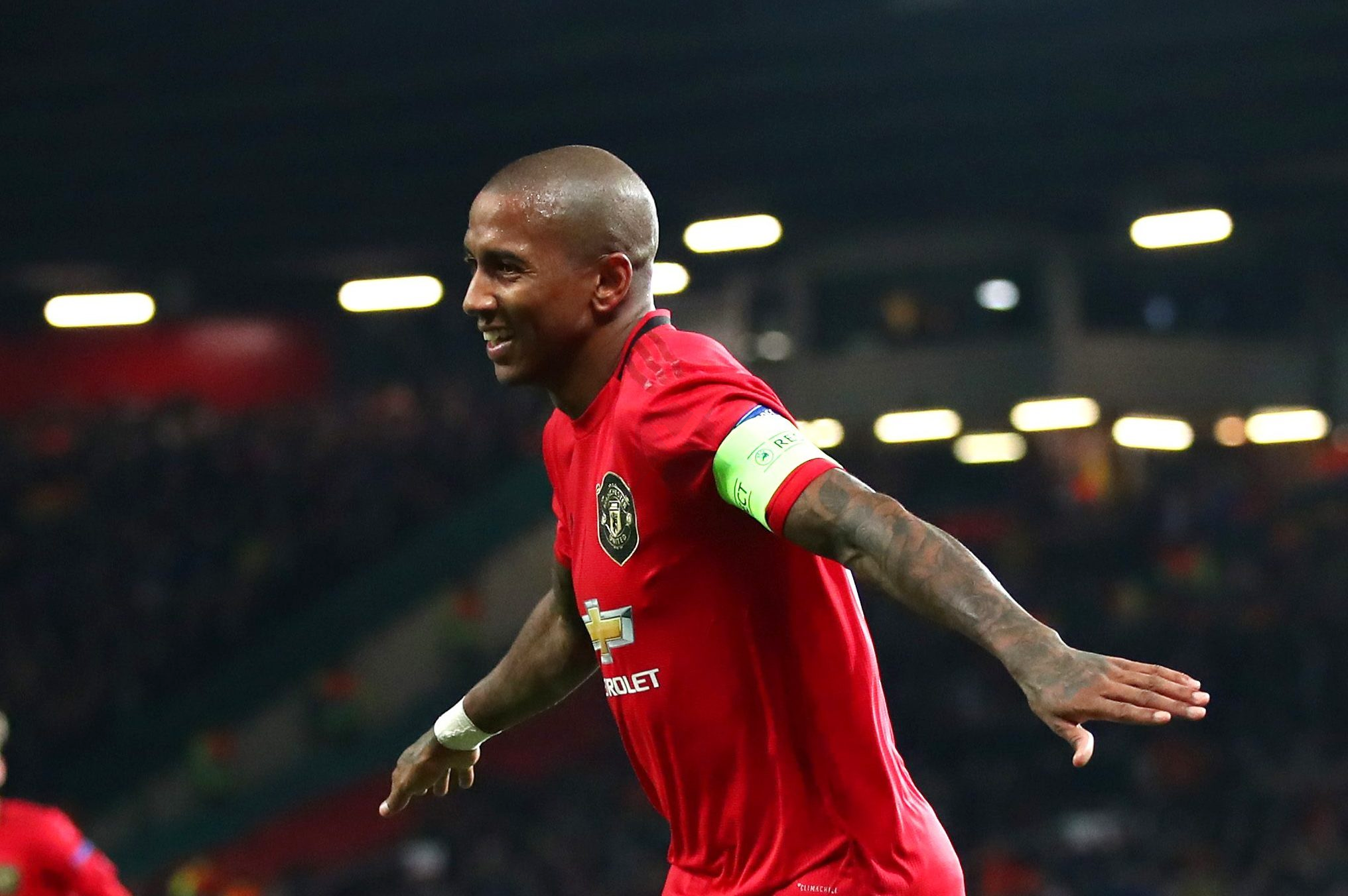 Ashley Young Has Accepted The Proposal Of The Market Inter In 2020 Ashley Young Young Baseball Players