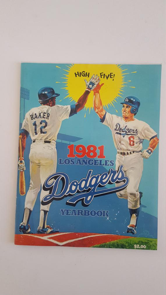 Vintage 1981 Los Angeles Dodgers Yearbook Good Condition Steve Garvey Dusty Baker High Five Dodgers High Five Los Angeles Dodgers