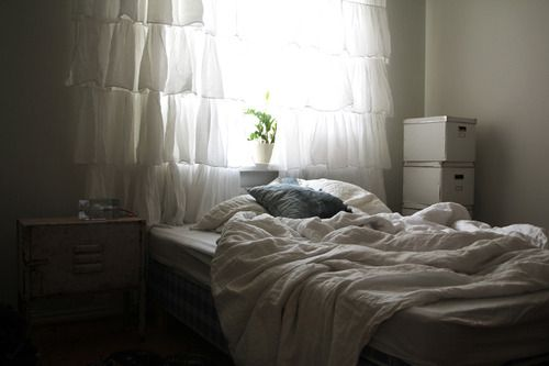 ruffled curtains (via desire to inspire)