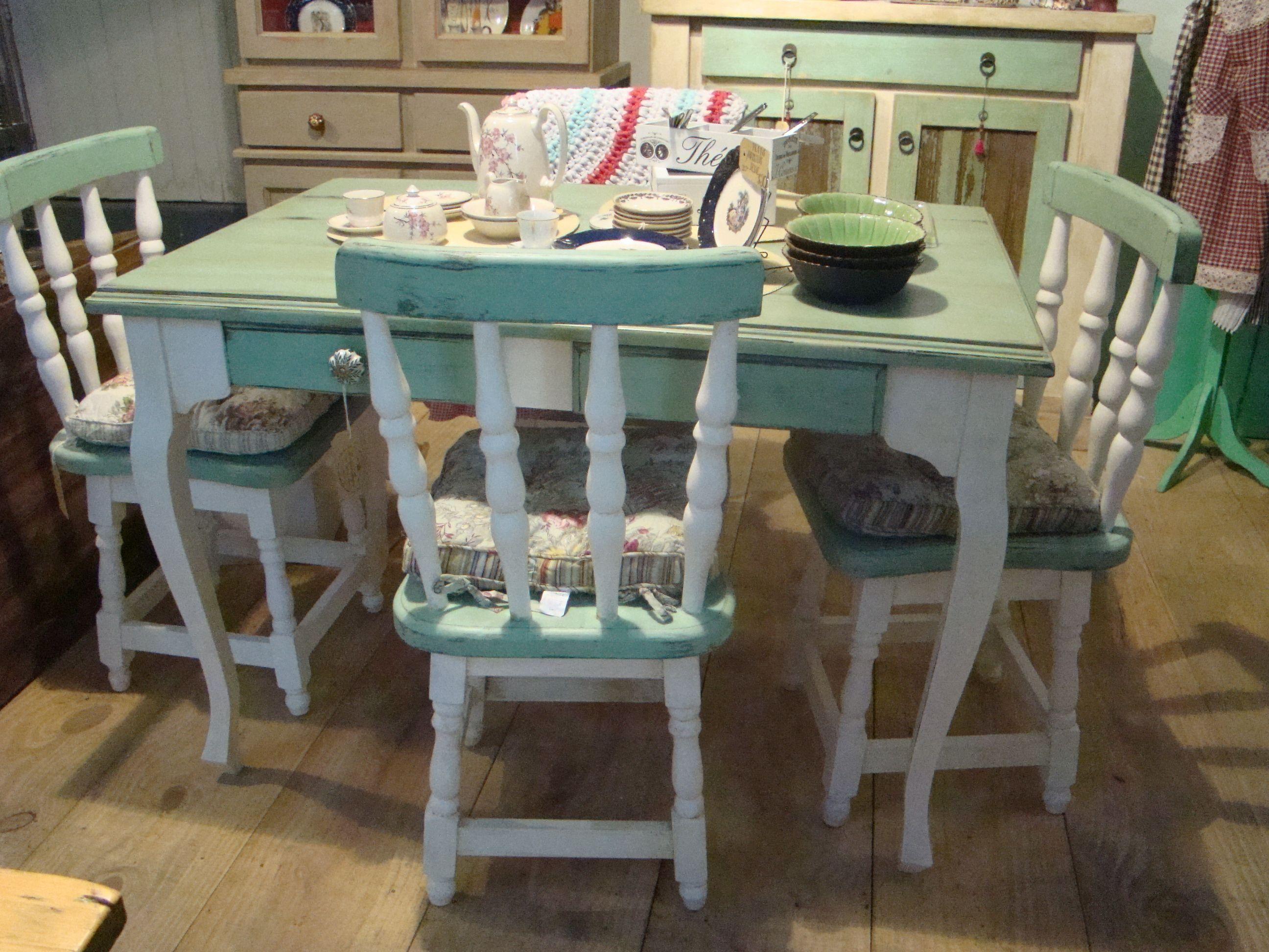 Mesa y sillas provenzal | Antiguo Reyno | Muebles reciclados, Sillas ...