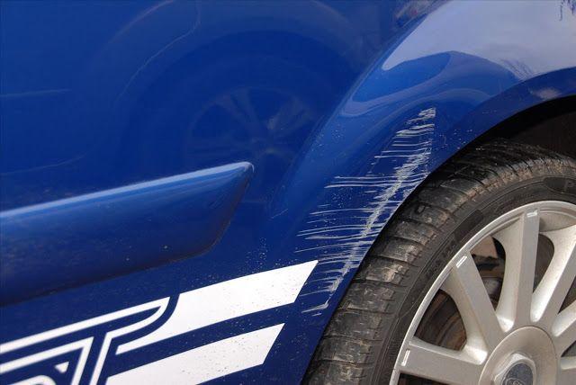 enlever les rayures de voiture avec le dentifrice rayure voiture enlever rayure voiture