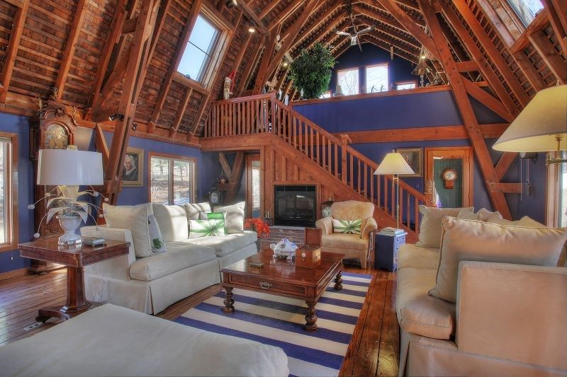 Early 1900 S Red Barn Converted Into A House In Nj Love That 25 Ceiling