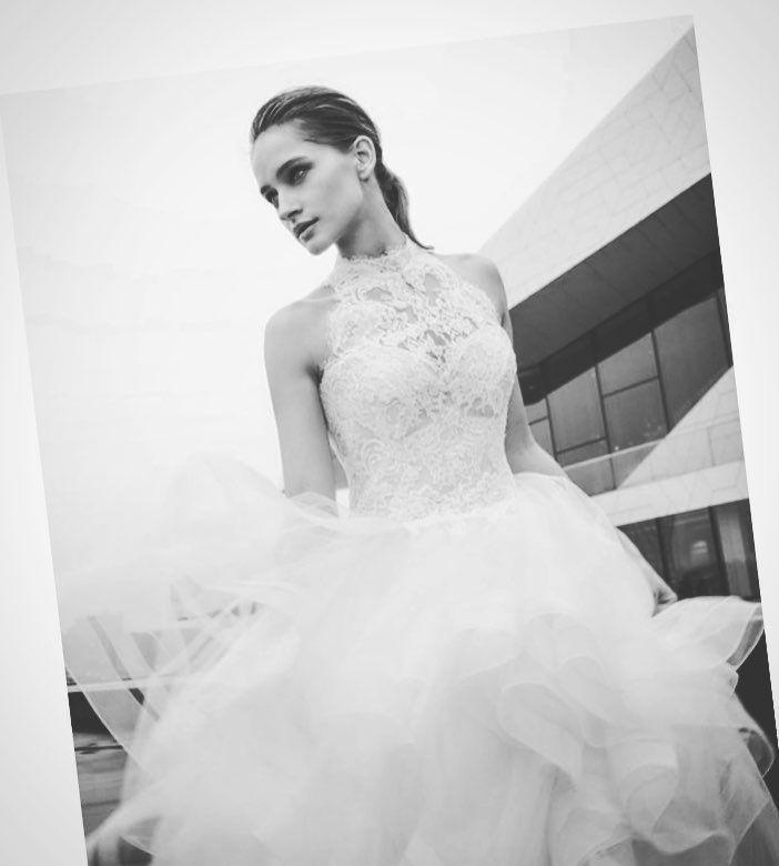 Brautmode 2018 eingetroffen - wir starten mit den neuen Kollektionen ...