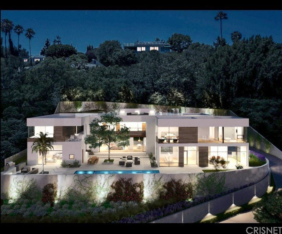 Strange 11001 W Sunset Blvd Los Angeles Ca 90049 Tech In 2019 Home Interior And Landscaping Synyenasavecom