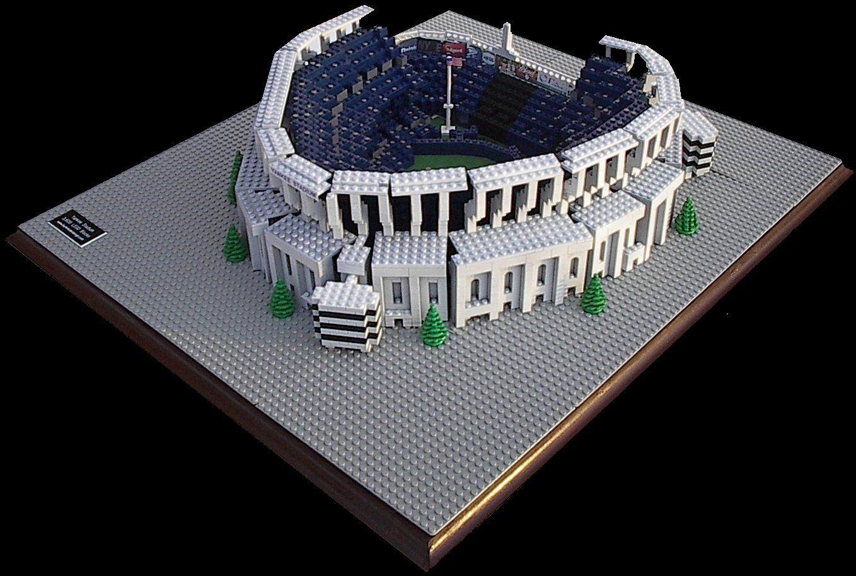 Yankee Stadium New York Yankees 3 500 Lego Blocks Www Burikmodeldesign Com Lego Lego Models Lego Art