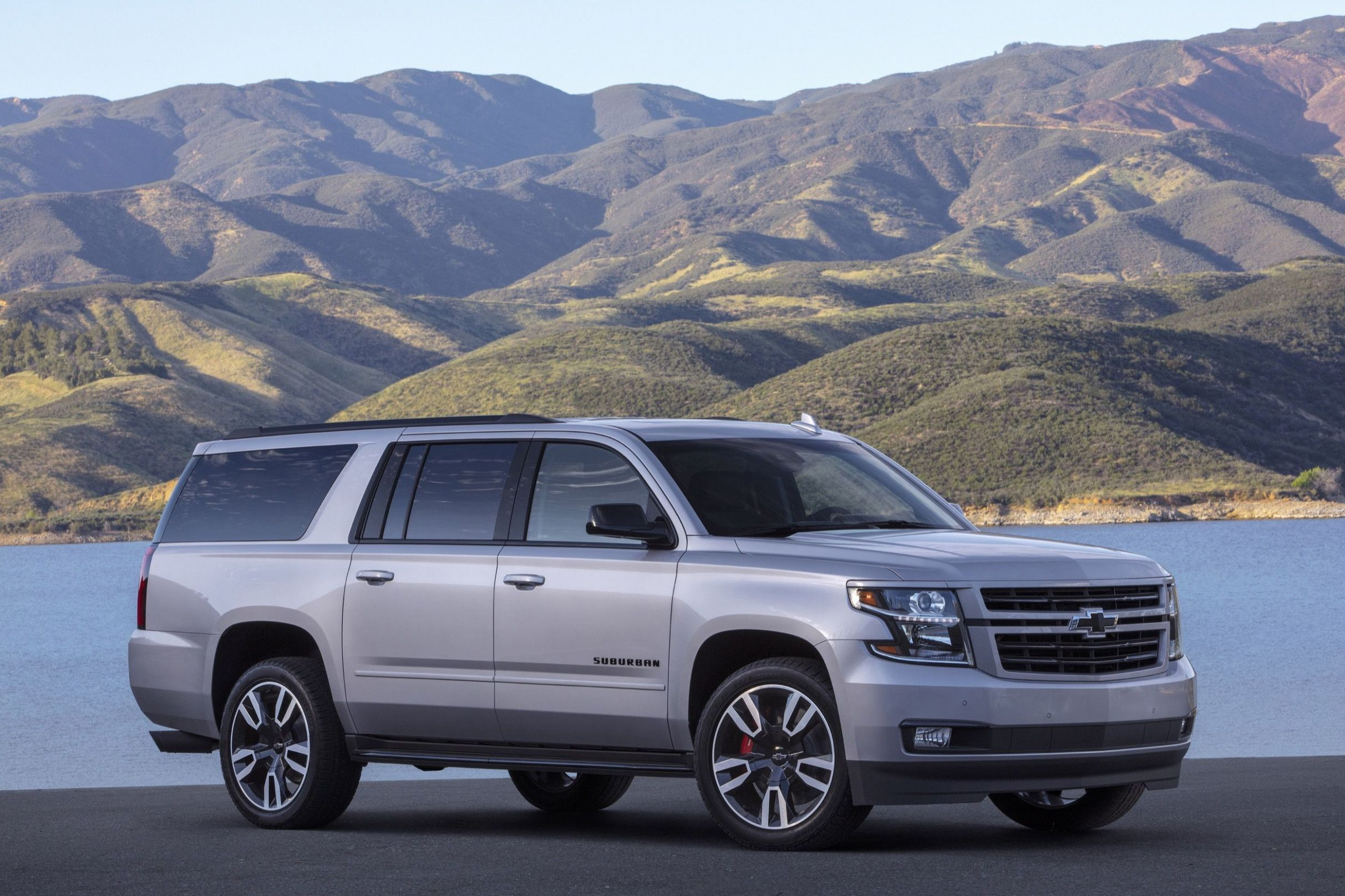 2020 Chevy Suburban 2500 Z71 Picture