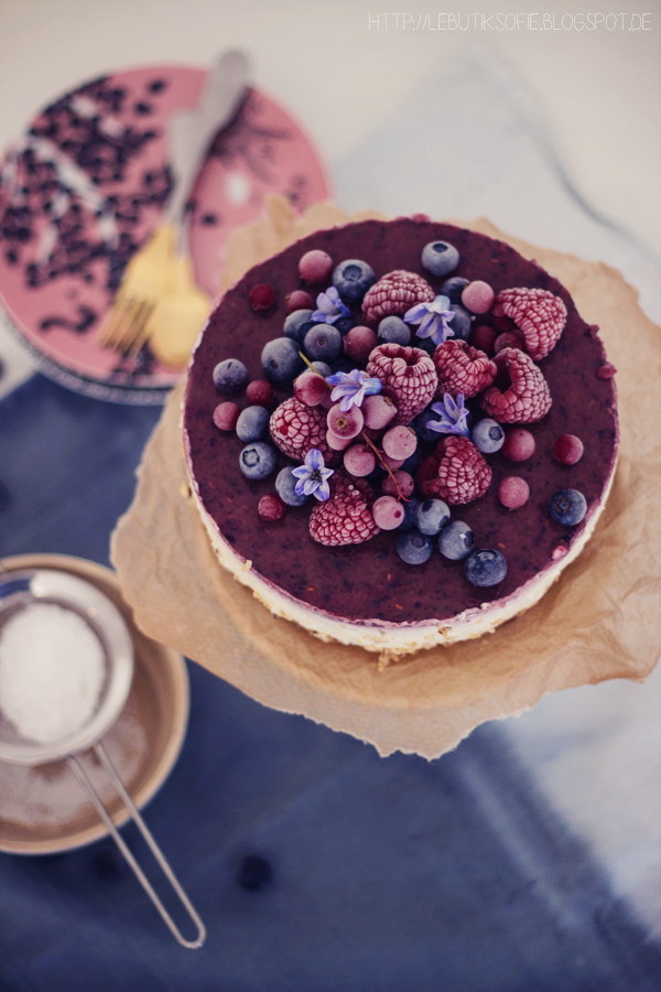 creamy cheesecake with frozen berries