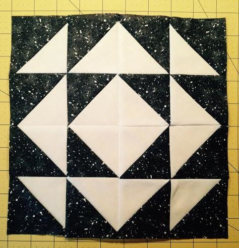 15 Fractured Diamond Hst Challenge Quilt Square