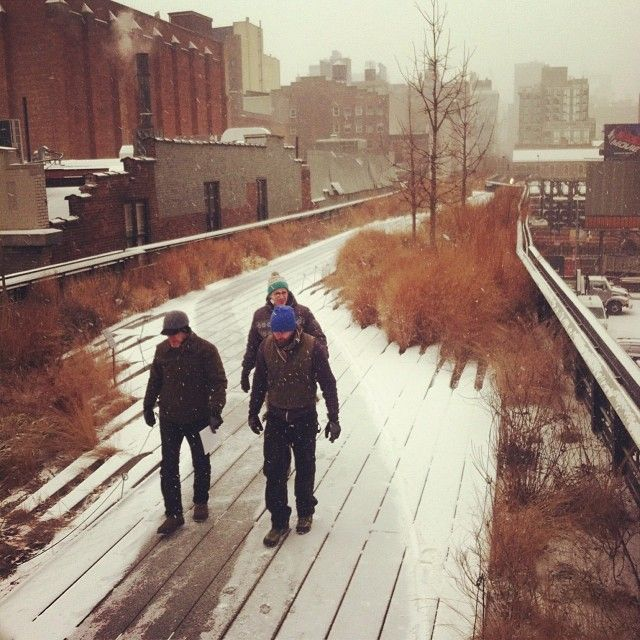 The High Line has reopened in its entirety! Bundle up and come for a stroll.